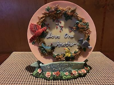 """Gift collection Polyresin Decoration Plate with Stand """"Love One Another"""" Birds"""