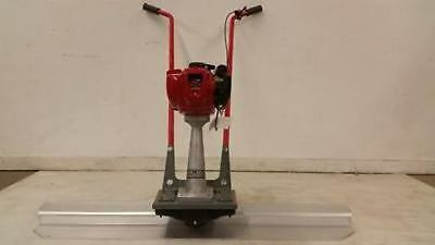 BullDog mg concrete cement vibrating power screed Honda 4 stroke Gas MADE IN USA