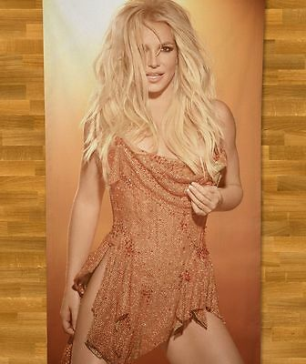 Britney Spears Beach Towel NEW 2016 Pretty Girls Toxic Piece of Me