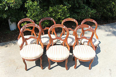 Nice Set of Seven Walnut Victorian Rococo Balloon Back Dining Chairs ~Ca.1860