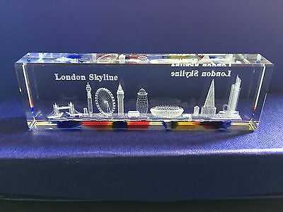 London Skyline Crystal With Colourful Base British Souvenir Gift