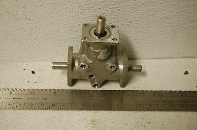 Curtis 930326  FM375 1:1 ratio three 3/8 shaft  gearbox