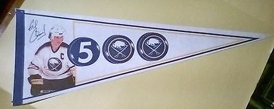 Gilbert Perreault 500 Goals Buffalo Sabres Pennant Rare  French Connection