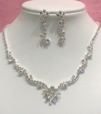 Bridal necklace and earrings set in silver colour with rhinestones