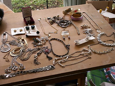 vintage jewelry lot from same estate 39 pieces