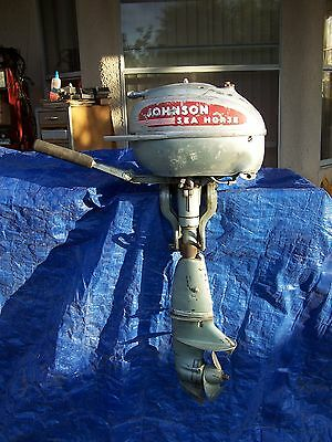 1940's  JOHNSON  SEAHORSE  TD 20 STRONG ENGINE