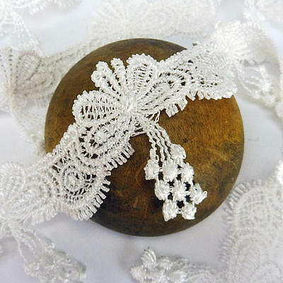 Buddly Crafts 50mm Guipure Lace - 1m White Scallop Drops G3