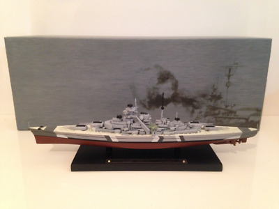 Bismarck Model on Base 1:1250 Scale GM101 NEW