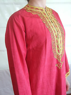 Authentic vintage kaftan / robe cherry red with gold braid – boho 60s