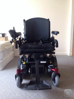 Quickie Xperience2 Motorized Wheelchair with Joystick