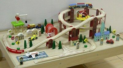 NEW Mamagenius Wooden Town Train Set & Table Wood Toy 104pcs