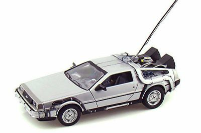 Back to the Future DeLorean Time Machine Silver Welly 22443W/24 1/24 Diecast Car