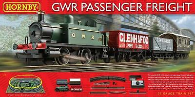 HO-OO Hornby Set: GWR Passenger Freight