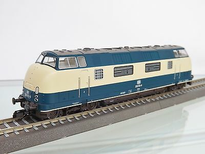 TILLIG 02503 TT Gauge diesel locomotive BR 220 012-9 DB, Epoch IV New in OVP