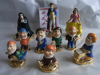 Wade-Collectors Club Snow White Full Set Gold Bases Le 50