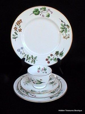 Minton Meadow Smooth 5 Pc Place Setting S745 Floral Wildflowers Gold Trim