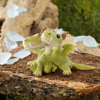 Miniature Dollhouse FAIRY GARDEN - Mini Dragons Hugging - Accessories