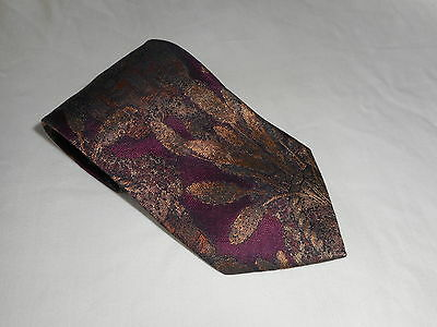 HUGO BOSS Red Gold Floral Pattern Mens Necktie Tie 100 Silk Made in Italy Italie