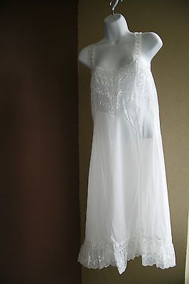 Vintage Lace Top Night Gown Lingerie White Nylon Floral Embroidered Size 34