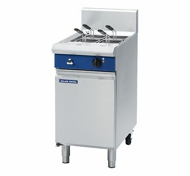 Blue Seal Evolution Series E47 - 450mm Electric Pasta Cooker - Weekly Rental ...