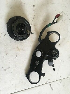 2009 08-14 Yamaha YZF-R6 YZF R6 OEM Ignition with Key Tank & Upper Clamp