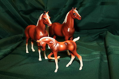 Vintage Hartland Horse Set of 3 Rare Copper Toned Stallion Mare Colt 7 in. size