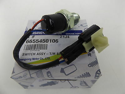 Genuine Mercedes Benz Mb Van Mb100 & Mb140 All Model Reverse Light Switch Assy
