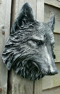 Timber Wolf Wall Plaque Hanging Figurine Home or garden waterproof in Silver