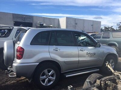 WRECKING 2005 Toyota RAV4 Wagon Manual Petrol **FOR PARTS ONLY**