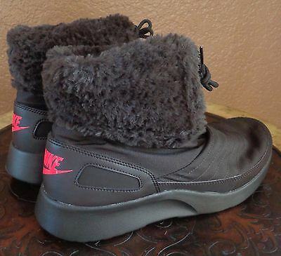 promo code cd502 b5d84 Nike Women s Kaishi Winter High Shoes Boots Faux Fur Color Brown - New