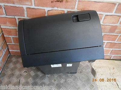 Volkswagen Vw Polo 6R Mk8 2009 Interior Storage Glovebox Glove Box 6R2857097
