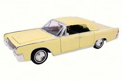 1961 Lincoln Continental Limousine, Yellow, Lucky 20088 1/18 Scale Diecast Model