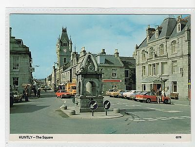 THE SQUARE, HUNTLY: Aberdeenshire postcard (C19677)