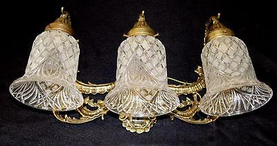 "GORGEOUS! 19""x 10"" VINTAGE BRASS ~ 3 LIGHT VANITY SCONCE ~ETCHED GLASS SHADES"