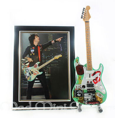 Miniature Guitar BILLIE JOE ARMSTRONG with STAND.+ PHOTO + FRAME green day 5x7