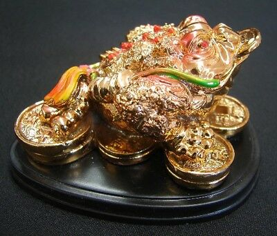 Feng Shui Color Golden Money Frog Statue 3-legged Money Toad Figurine on Coins