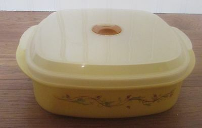Pfaltzgraff   PISTOULET  Microwave and Serve Container