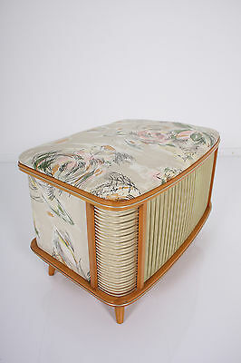 50s hope chest  - linen bin - can be used as small  table armadietto armario