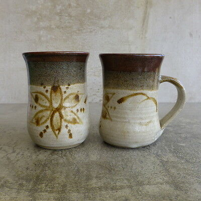 2 Australian Pottery Coffee Mugs 250mls Retro Flower Handcrafted Stoneware Cups