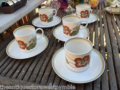 Lovely Set of 5 English Wedgwood Susie Cooper Coffee Cups Can & Saucers C2038