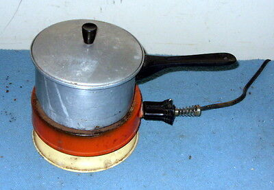 Vintage Cook Plate Burner Model 45 by US Mfg in Decatur, Ill plus a Pan and Lid