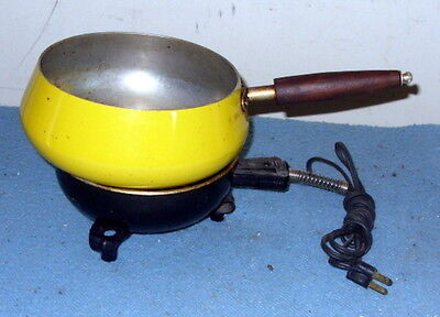 Vintage Cook Plate Burner Model 35100 by Fostoria by Mc Graw -Edison with a Pan