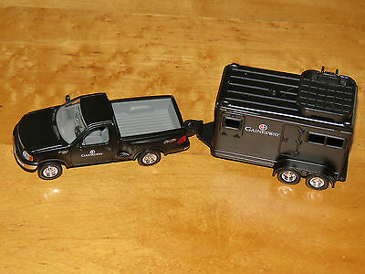 Gainesway Thoroughbred Stallion Farm 1/43 1997 Ford F150 Pickup w/Horse Trailer