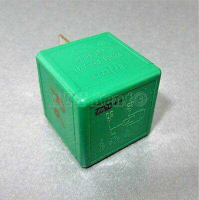 06-Range Rover P38 95-02 5-Pin Green Relay YWB10031 AMR2547 Tyco V32134-A52-X141