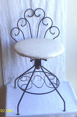 Vintage  Mid - Century  Metal  Vanity  Chair Swivel  Stool  /  Used