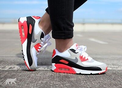 Youth / Womens Nike Air Max 90 Sneakers New, White / Infrared 724882-100