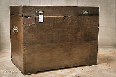 Late 18th Century Large Mahogany Chest