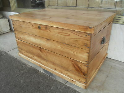 Vintage Pine Blanket Box / Chest / Trunk • £160.00