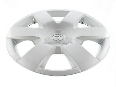 Genuine Toyota Hub Cap 15 inch Hiace 2005 ON 42602-26010