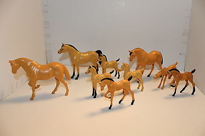 "1960's HARTLAND HORSE LOT OF 3 MARES 6 COLT BUCKSKIN AND HONEY CHESTNUT? 5"" X 4."